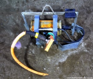 Pressure sensor ocean floor