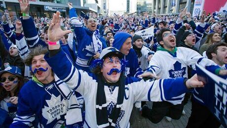 Leafs fans cheer