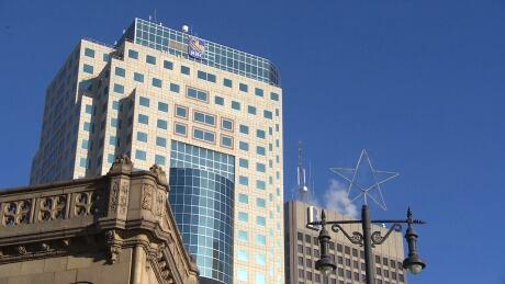 Political turmoil has Manitoba's business leaders worried: survey - CBC.ca