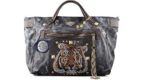 Toronto crime purse