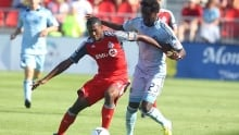 Canadian defender Doneil Henry headed to West Ham