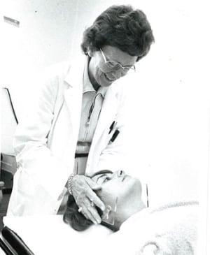 Dr. Vera Peters