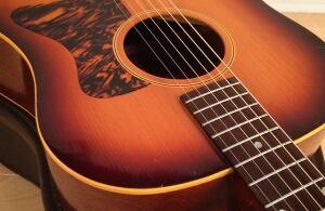 Gibson J35 vintage guitar
