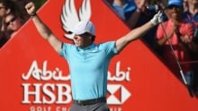 Rory McIlroy sinks hole-in-1 in Abu Dhabi
