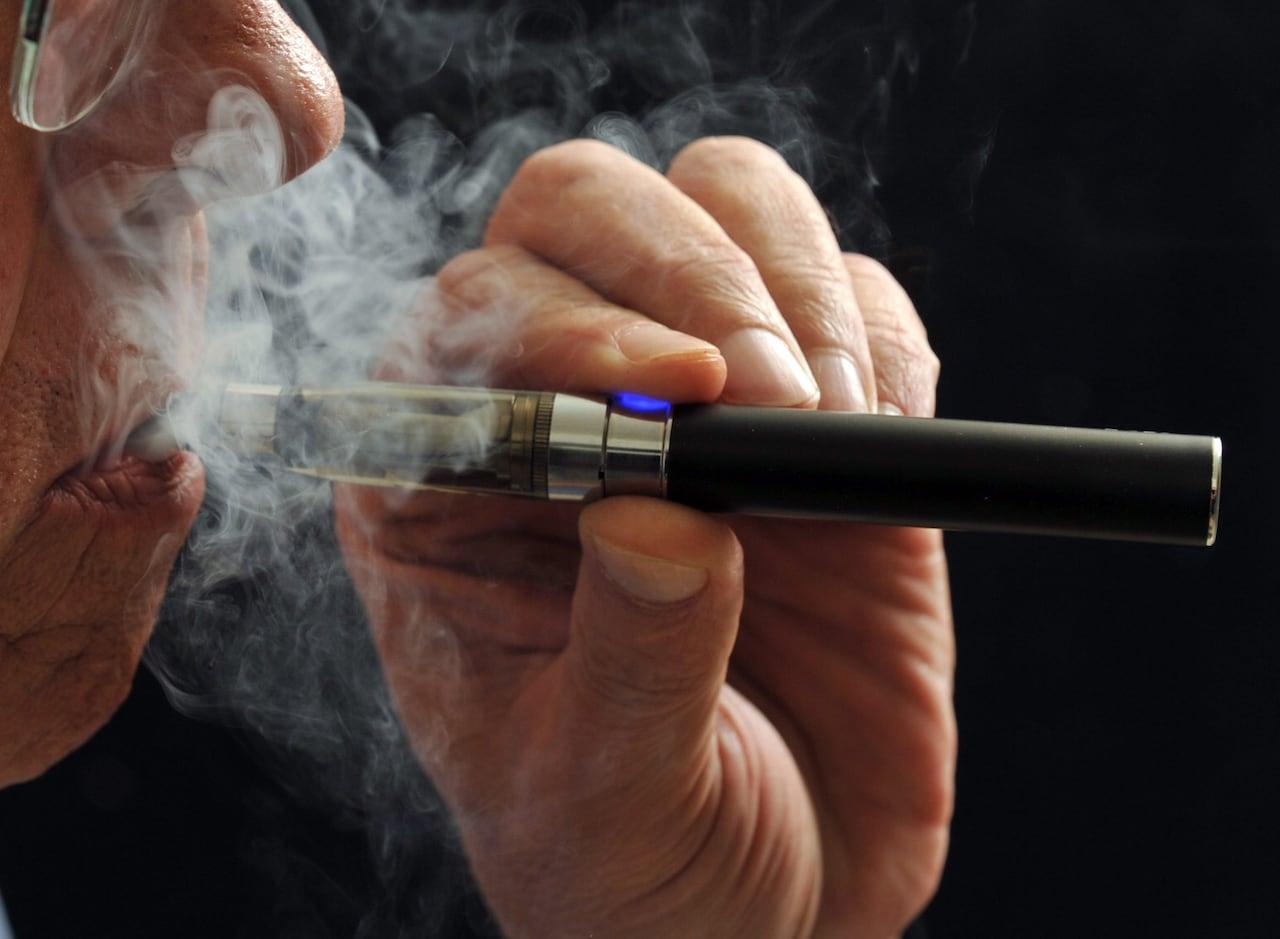 Electronic vaporizer cigarette Canada