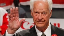 Gordie Howe shows improvement after stem cell treatment
