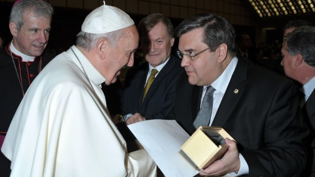 Mayor Denis Coderre met Pope Francis during a trip to the Vatican in February 2015.