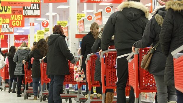 Target has reached a deal to hand over control of its leases to its landlords while the chain liquidates and pulls out of Canada.