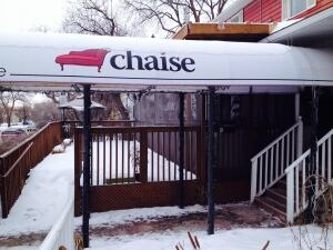 Chaise caf owner accuses photo radar officer of chasing for Chaise cafe winnipeg