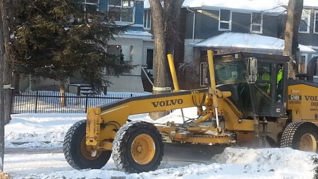 The Canadian Union of Public Employees Local 500 believes the City of Winnipeg could save up to $3 million a year and improve service by giving more snow-clearing work to its members. Most of the work is currently done by private contractors.
