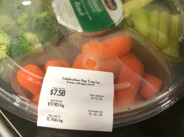 Veggie tray by Happy Cheapskate