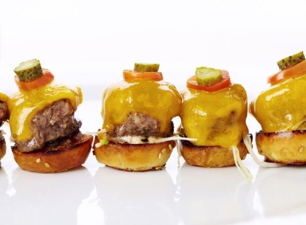 Mini American Wagyu Burgers, Aged Cheddar, Remoulade