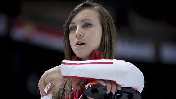 Team Canada skip Rachel Homan pauses for a moment during a afternoon draw against Alberta at the Scotties Tournament of Hearts in Moose Jaw, Sask. Thursday, Feb. 19, 2015. Homan's rink will not be back at the national championships after an upset victory by fellow Ottawa skip Jenn Hanna on Sunday. THE CANADIAN PRESS/