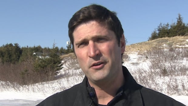 Transportation minister Geoff MacLellan says he'll look into establishing more jobs from his department in Cape Breton.