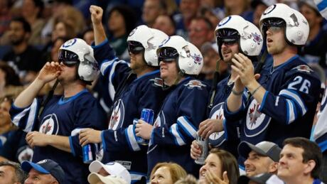 Jets Shock Lightning With Late Rally