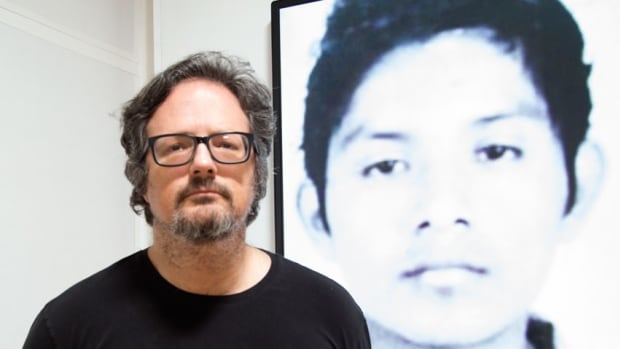 Rafael Lozano-Hemmer uses a face-recognition camera and student ID photos of the 43 murdered Mexican students to remind us of their disappearance.