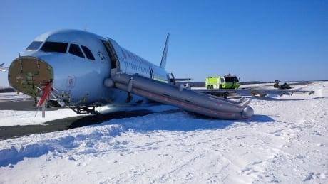 TSB - Air Canada - daytime left side