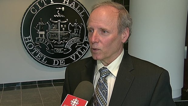 Moncton Mayor George LeBlanc announced Monday he won't run again in May's municipal elections.