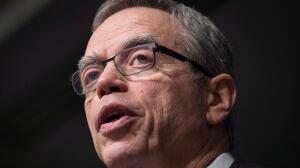 Canada's economy isn't in recession, despite report, Joe Oliver says