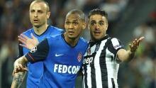 Juventus tips Monaco on controversial goal