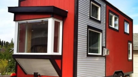 tiny house in bowness backyard must move calgary bylaw