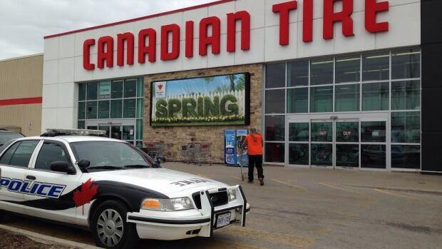 garage door lock canadian tire 1