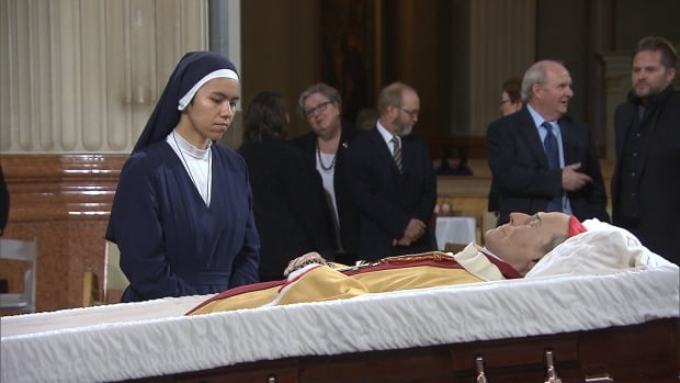 Mourners went to Mary Queen of the World Cathedral in Montreal Thursday to pay their final respects to Cardinal Jean-Claude Turcotte, who died on April 8, 2015.