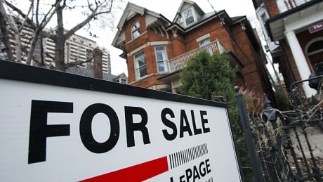 Housing market sets record for 3rd month in a row