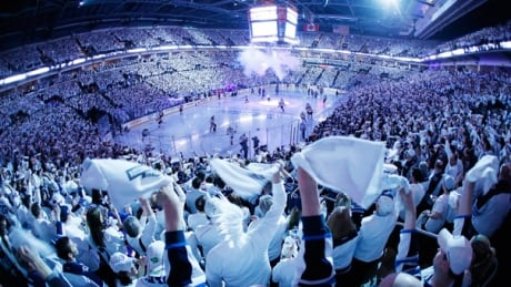The Jets Whiteout's Done For The Season While Sens Stay Alive