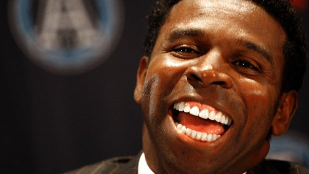 Michael 'Pinball' Clemons, who was born in Florida, officially became a Canadian citizen this week, the Toronto Argonauts announced.
