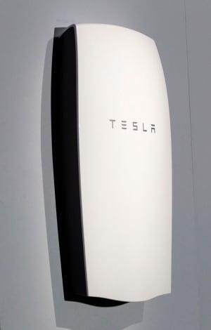 Tesla-Battery Power For Homes