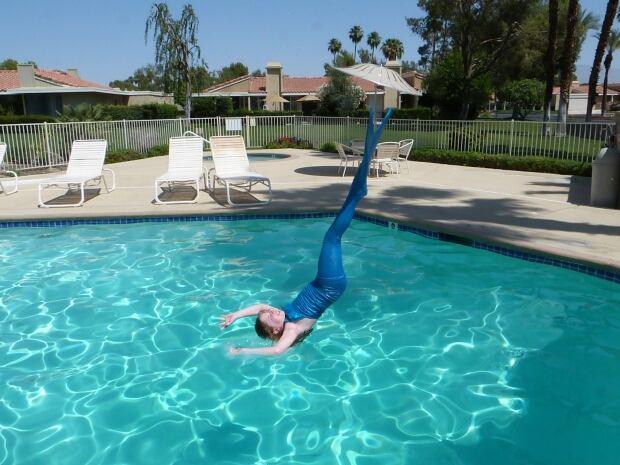 Mermaids dive in