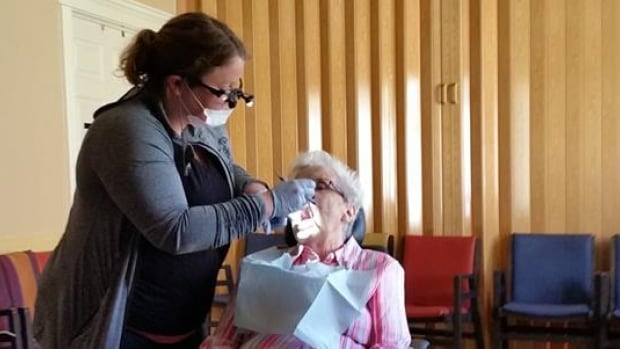 Travelling Hygienist makes house calls to patients in need ...
