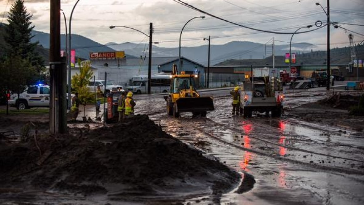 Cache Creek (BC) Canada  city photo : Cache Creek declares state of emergency after flash flood British ...