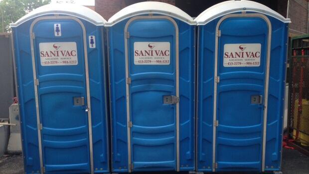 Construction Site Toilets : Porta potties flushed on quebec construction sites