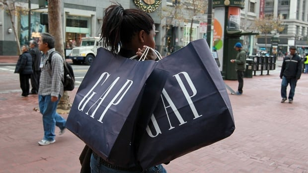 Gap plans to close 175 of its namesake stores, including an unknown number in Canada, as the company tries to strengthen the struggling brand.