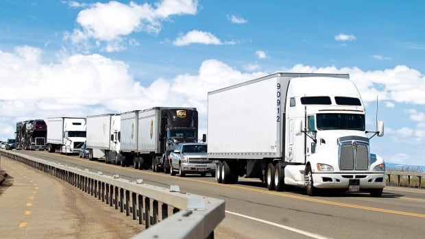 New rules proposed in the U.S. would greatly limit the speeds of tractor trailers.