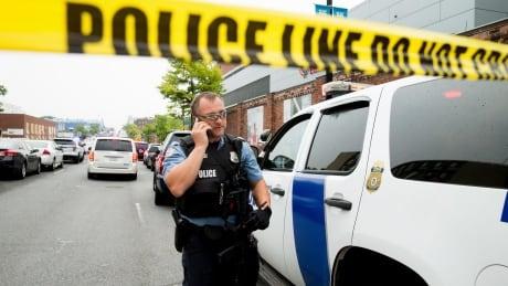 Washington Navy Yard: Police declare false alarm after report of shots fired