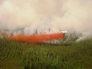 Sask Wildfires July 1 2015 20150703 LaRonge water bomber