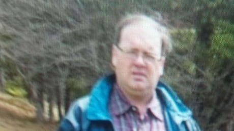 'Extensive' search for Bear Island man to continue overnight