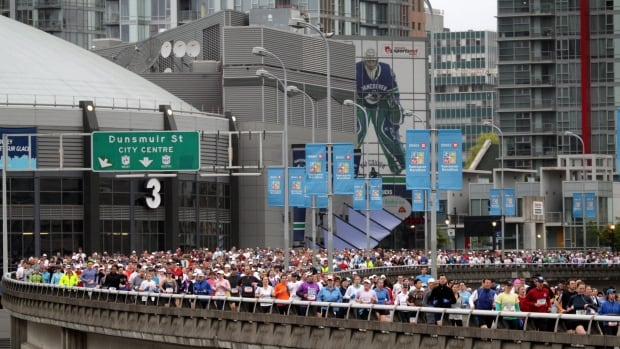 A Vancouver city report recommends that Vancouver's two viaducts be torn down, including the Dunsmuir Viaduct, seen here during the BMO Vancouver Marathon in 2011.