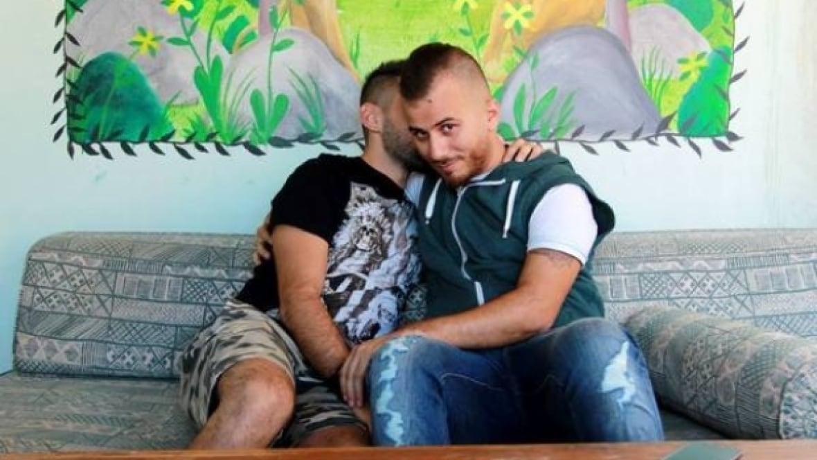 gay males oral sex
