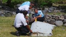 MH370 search: Debris may prove plane crashed over Indian Ocean, Malaysian official says