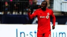 Jozy Altidore shown red card in TFC's loss to Revolution