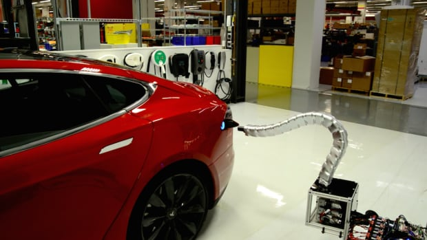 Creepy, cool or disturbingly sexy? Tesla's new automatic 'robot snake' car charger provoked some strange feelings around the web this week.