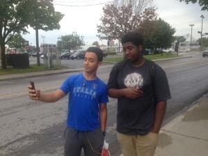 Malyk Bonnet selfie