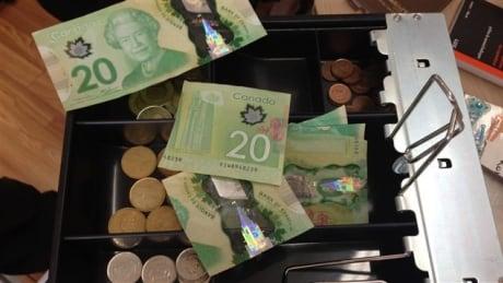 Demi bills cut in half Canada Gaspé