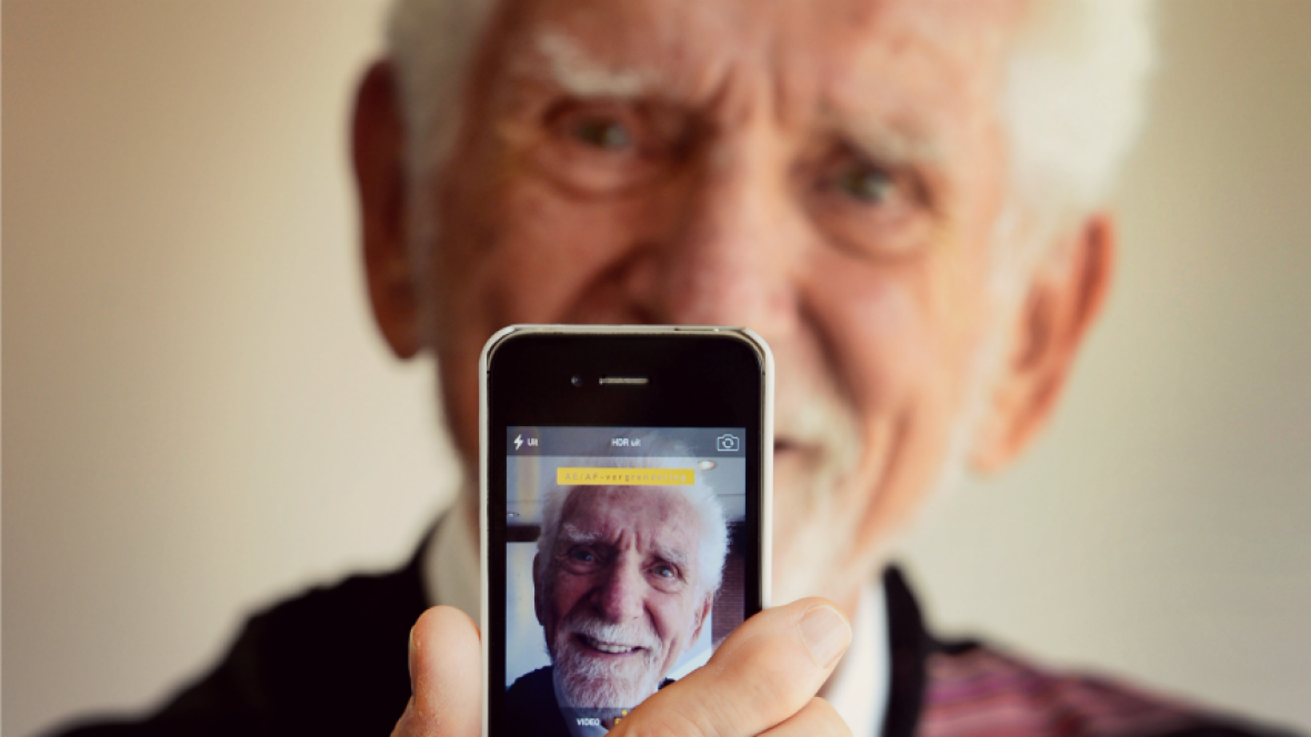 First Cell Phone Invented By Martin Cooper cellphone inventor martin ...