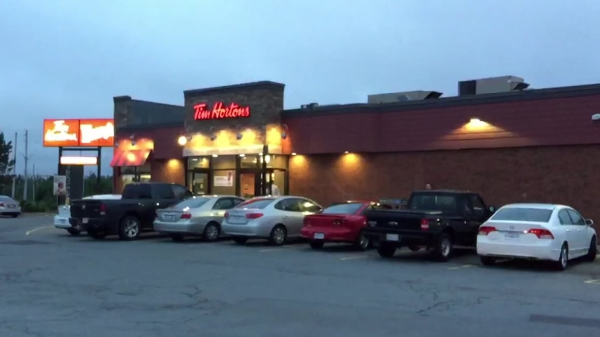 tim hortons robbed at knifepoint in bayers lake nova. Black Bedroom Furniture Sets. Home Design Ideas