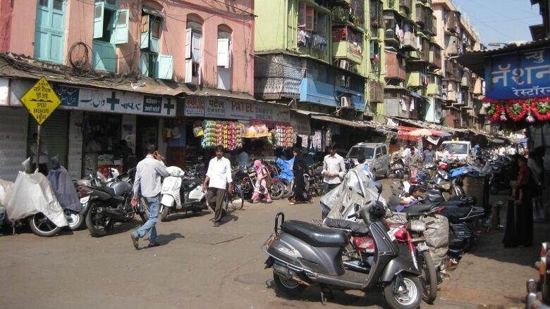 Mumbai Street - Colin Ellard